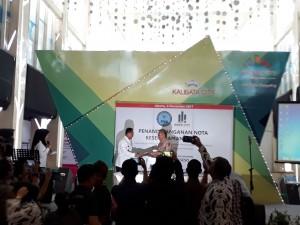 Kepala BNN Komjen Budi Waseso (kiri) Seusai Penandatanganan MoU Bersama Direktur Utama Inner City Management Bambang Setiobudi (Foto Jurnal123)