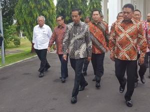 Presiden Joko Widodo di Manado Membuka Kongres GMNI, Bersama Gubernur Sulawesi Utara Olly Dondokambey (Foto Biro Setpres)