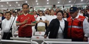 Presiden Jokowi Kenakan Kaos Timnas Indonesia Saat Resmikan Gelora Bung Karno Usai Direnovasi
