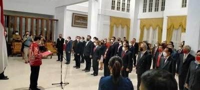 Inilah 45 Staff Khusus Yang Dilantik Walikota Tomohon